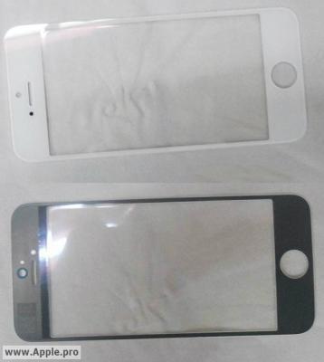 新型iPhoneのものとされる白と黒のフロントパネル