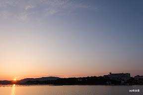 2012/06/03の夕景です。陽の落ちる位置がかなり賢島よりになります。