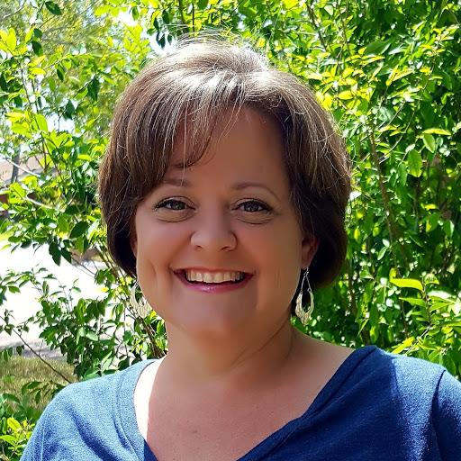 Carrie Allen Photo 26