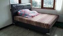 kamar tidur pertama