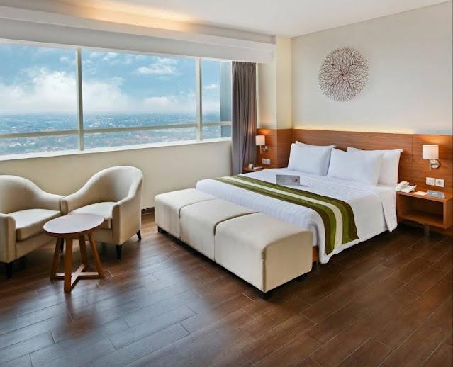 hotel yang dekat dengan MRT Lebak Bulus
