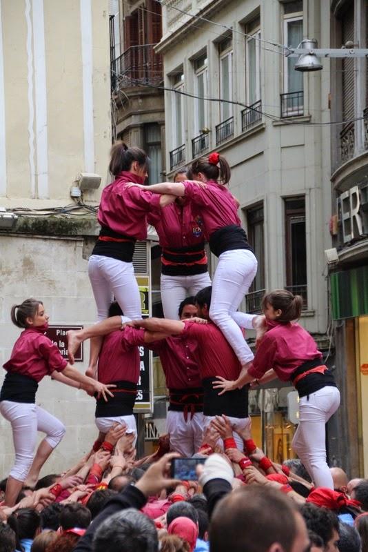 Actuació 20è Aniversari Castellers de Lleida Paeria 11-04-15 - IMG_8849.jpg