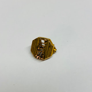 10K Gold Small Judaica Pin