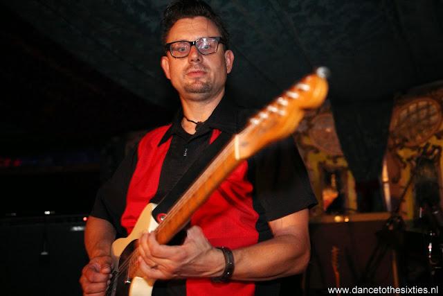 Naaldwijkse Feestweek Rock and Roll Spiegeltent (46).JPG
