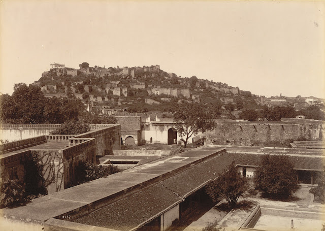Hyderabad - Rare Pictures - Golkonda.jpg
