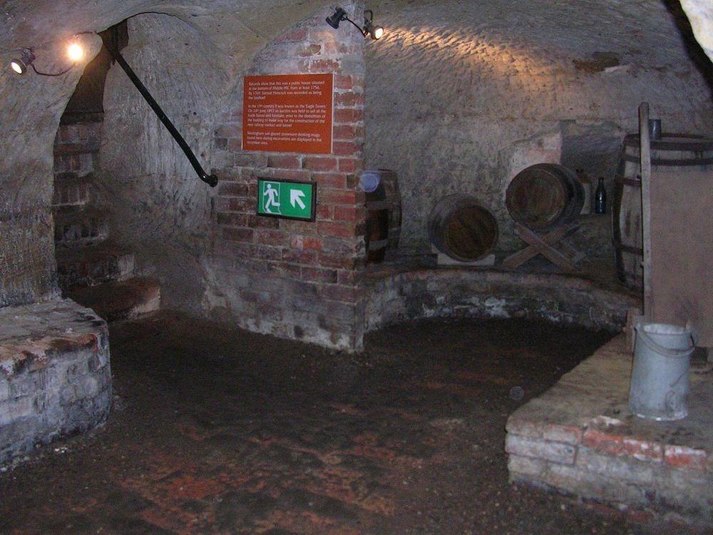 nottingham-caves-1