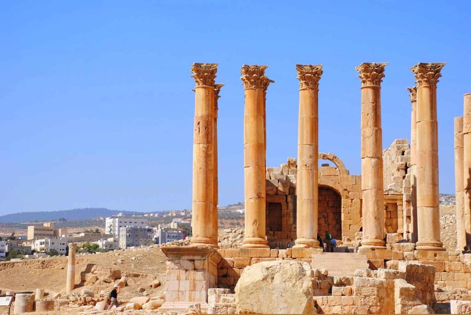 My Photos: Jordaon -- Jerash -- The Temple of Artemis