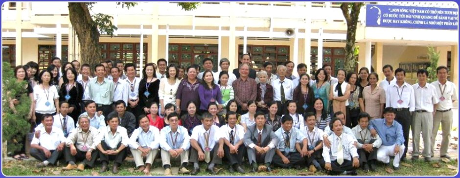 Kỷ niệm họp mặt 30 năm khối 12ACD PTTH Kon Tum 1980-2010