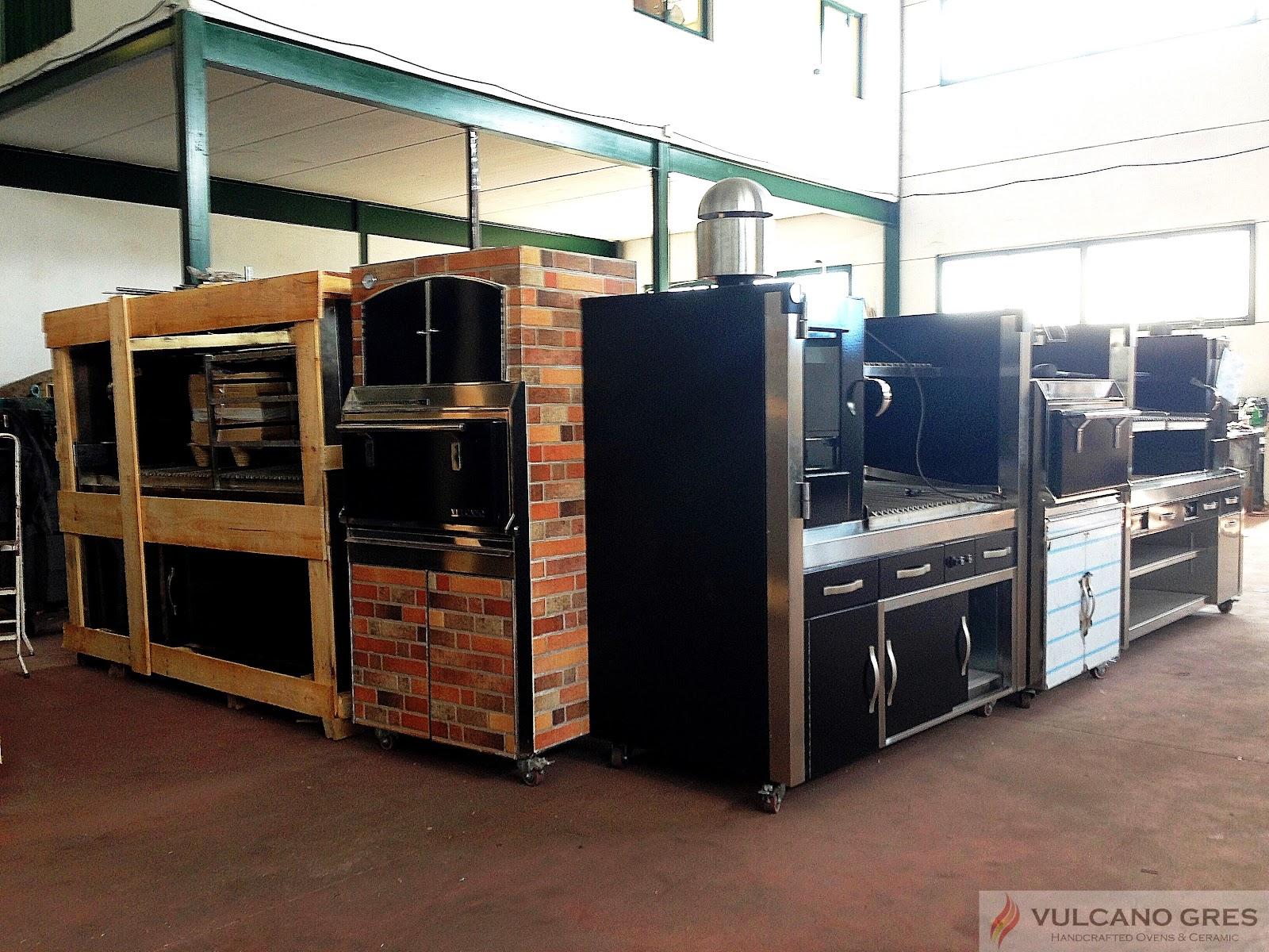 Vulcano gres parrillas y barbacoas para restaurantes hornos de brasa hornos de pizza y - Parrillas y hornos a lena ...