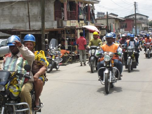Commercial cyclists protest against extortion in Osun.