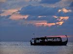 1280px-Maldives_09675.JPG