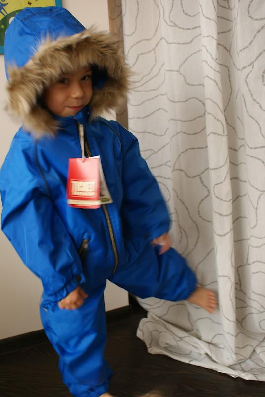 Одеваем деток в зиму - Страница 37 DSC09536