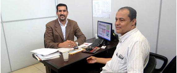 Em visita ao Conisud o Jornalista Mario aparecido de Souza (Folha do Pirajuçara). Mario foi recebido pelo Superintendente.