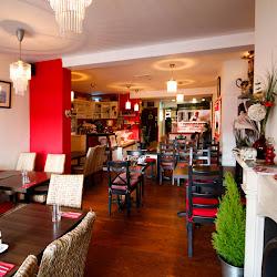 Rotana Cafe Lebanese Restaurant .'s profile photo