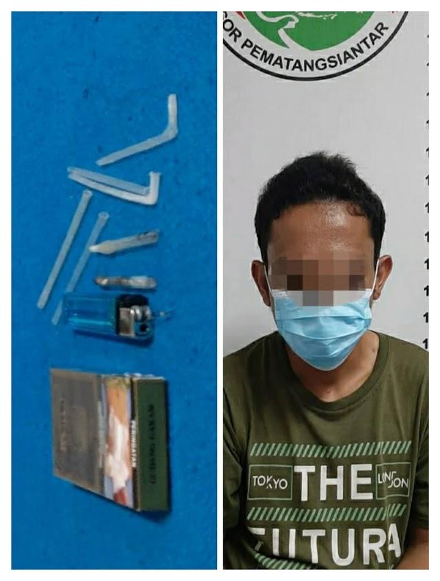 Simpan Shabu Dalam Mobil Kijang,Aria Tak Berkutik saat ditangkap polisi