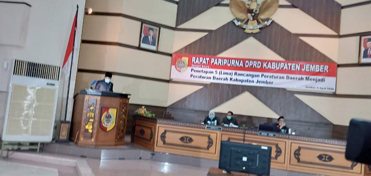 Tak Sempat Jawab Pertanyaan Anggota Dewan, Bupati Tinggalkan Rapat Bersama DPRD Jember