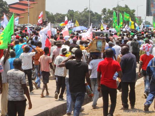 Marche de l'opposition congolaise le 27/09/2014 sur le boulevard Lumumba à Kinshasa.  Photo John Bompengo