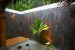 031_Superior villa outdoor Shower-AAA.jpg
