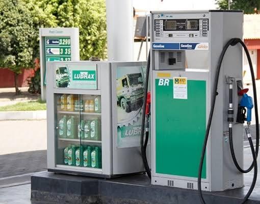 BLOG DO EDNEY: Gasolina sobe 12% no terceiro reajuste do mês