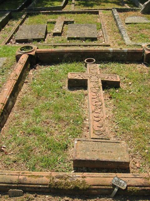 11 cemetery