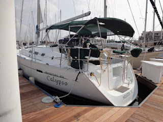 Calypso  beautiful 2005 Beneteau 373