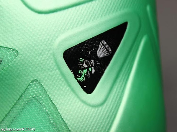 Detailed Look at Nike LeBron X Cutting Jade and The Box
