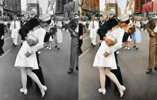 Целувката на Тайм Скуер - Най-известните исторически черно-бели фотографии в цвят