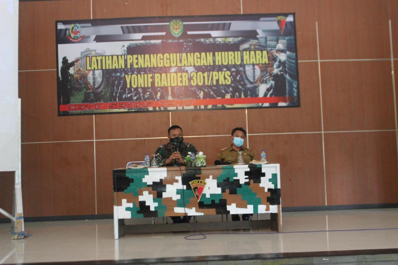 Sekda Sumedang Beri Trik Pada Prajurit R-301/PKS Dalam Atasi Konflik Sosial