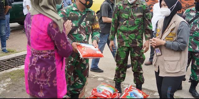 Peduli Korban Banjir, Danrem 042/Gapu Beri Bantuan Sembako