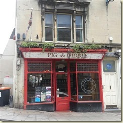 20160917_Pig and Fiddle pub (Small)