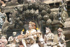 Thiru Thuruthi (Kuttalam) Temple Moolasthana Gopuram - Dakshinamurthy With Veena