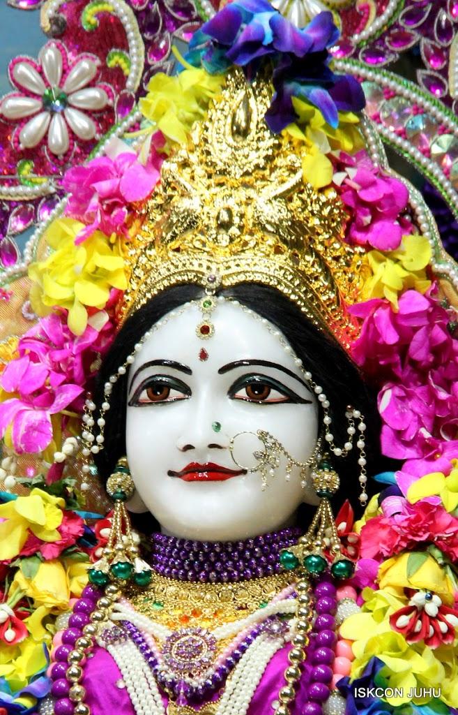 ISKCON Juhu Mangal Deity Darshan on 25th Aug16 (16)
