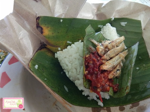 maniak-makan-waroeng-combo-solo-nasi-sambal-teri