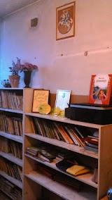 Medžiukų mokyklos biblioteka (1).JPG