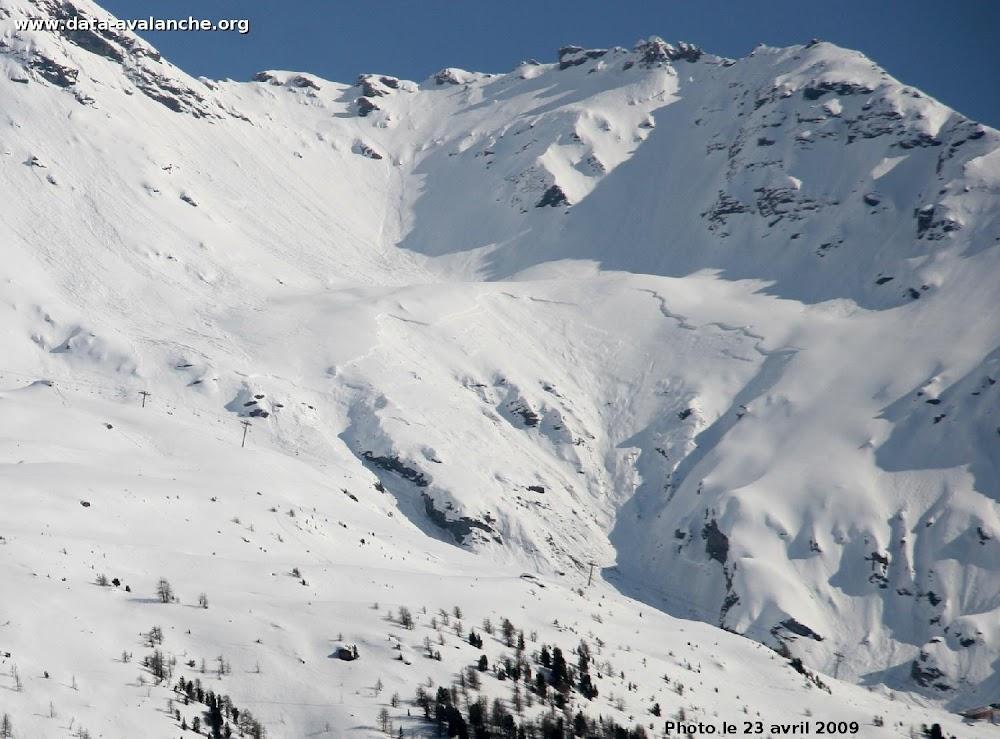 Avalanche Haute Maurienne, secteur Signal du Grand Mont Cenis, Talweg de l'Arcelle Neuve - Photo 1