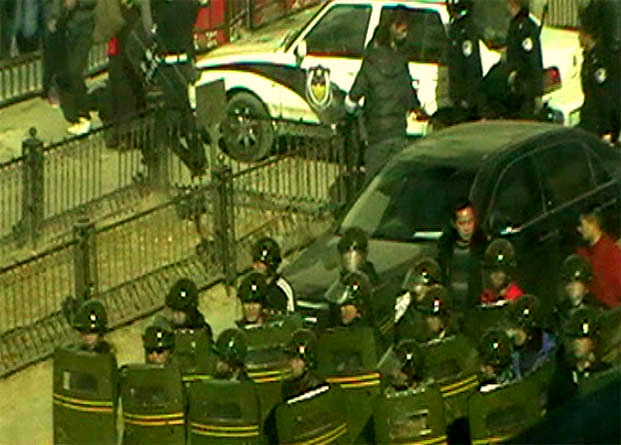 16 March 2011, People's Armed Police march on Ying Xiong Avenue near the main market in Ngaba Town