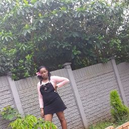 user Simphiwe Khosi apkdeer profile image