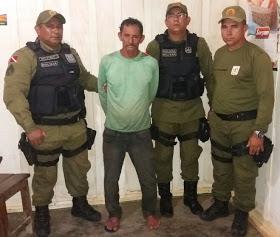 Policia Militar prende homem que decapitou amigo de cachaça por um litro de 51 em caracol.