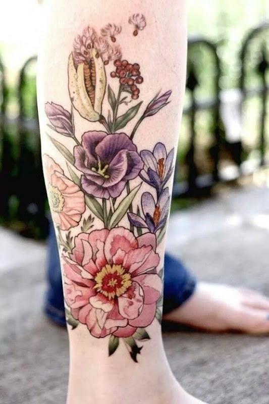 lindas_flores_perna_tatuagem