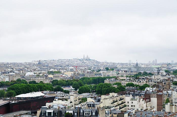 ParisEiffel02.jpg