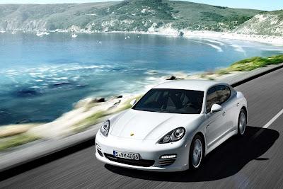 Porsche_Panamera_Diesel_2012_1920x1280_Front_Angle_01