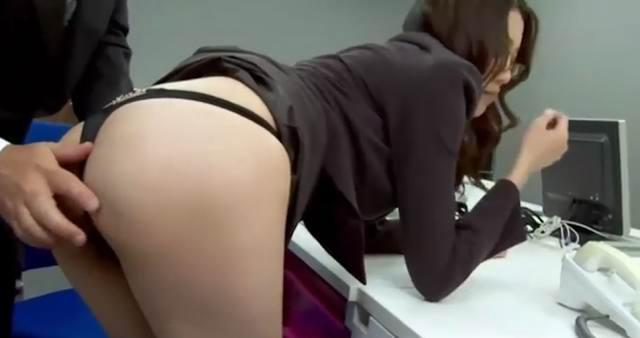 Boss Fucked Her Japanese Secretary Ibuki Office