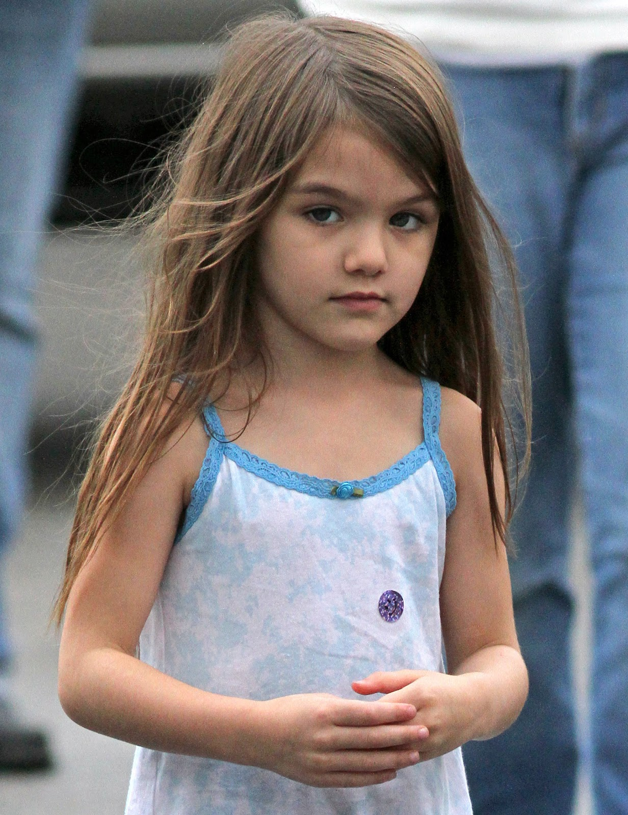 Tom Cruise, Katie Holmes daughter – Suri Cruise Photo ...