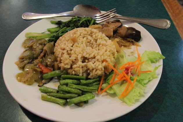 Healthy Chinese Vegetarian Meal at Singapore