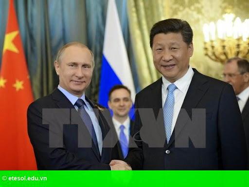 Hình 1: Nga và Trung Quốc ký kết hàng loạt thỏa thuận trị giá nhiều tỷ USD