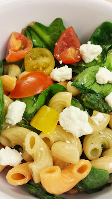 Lemony Spinach and Pasta Salad with Cherry Tomatoes and Feta