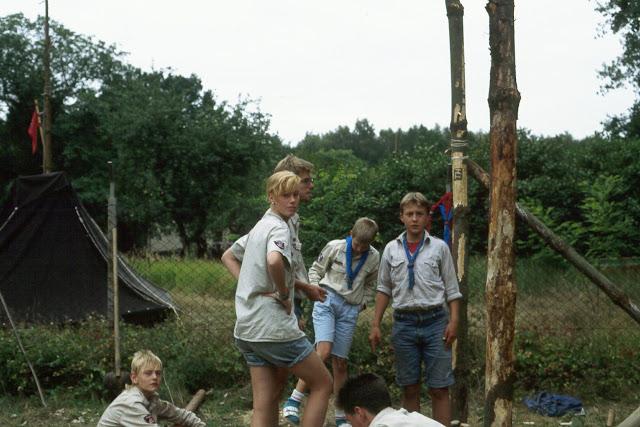 1985-1994 - 445-.jpg