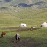 Yourte kirghize près de la Dolon Pass (3000 m), 17 juillet 2006. Photo : J.-M. Gayman