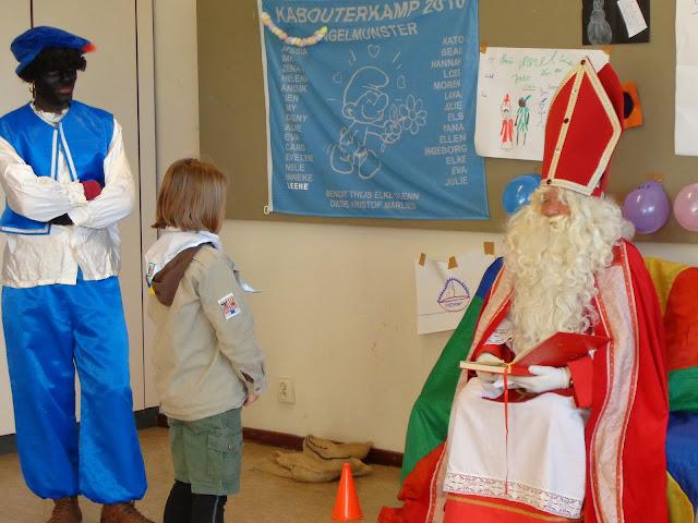 Sinterklaas op de scouts - 1 december 2013 - DSC00205.JPG
