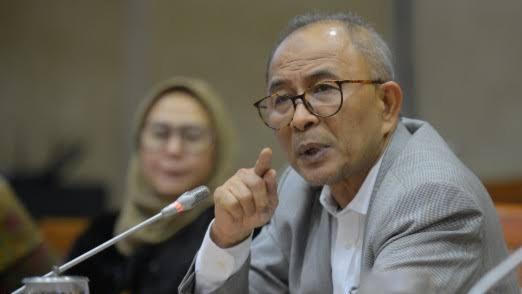 Sebut Jokowi Banyak Janji tapi Hanya Omdo, Refrizal: Lengser Semakin Cepat Lebih Baik